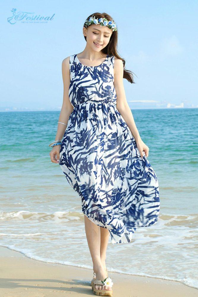 Váy maxi cùng với phụ kiện thời trang - Trang phục đi biển