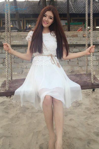 Váy voan phối ren trắng - Mẫu váy voan đẹp nhất 2019
