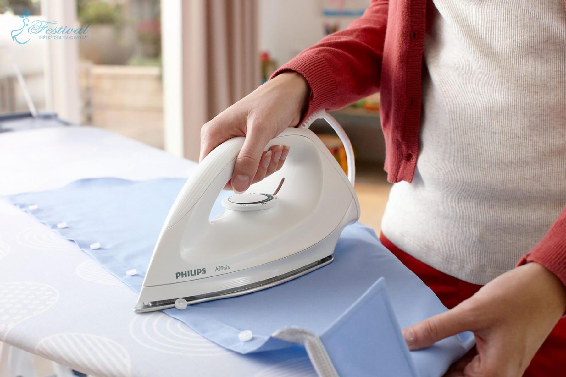 Hướng dẫn ủi vải kate bảo quản đúng cách