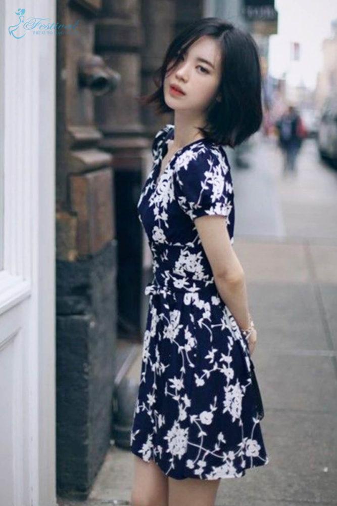 Những kiểu váy hoa khiến nàng công sở lãng mạn trong mùa thu - Ảnh 2
