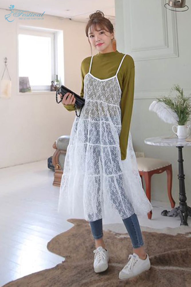 Phối đồ với váy hai dây phù hợp với mùa thu - Ảnh 11