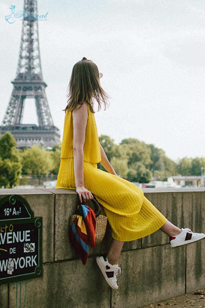 Trang phục mùa thu: Sắc vàng được phái nữ yêu chuộng - Ảnh 9