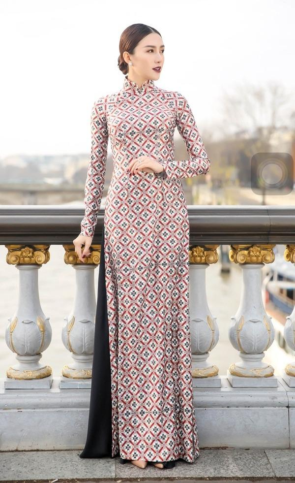 Áo dài - Ảnh 1 - 5 Kiểu váy đầm cứ tết lại cháy hàng, nàng nào cũng nên thủ sẵn vài cái