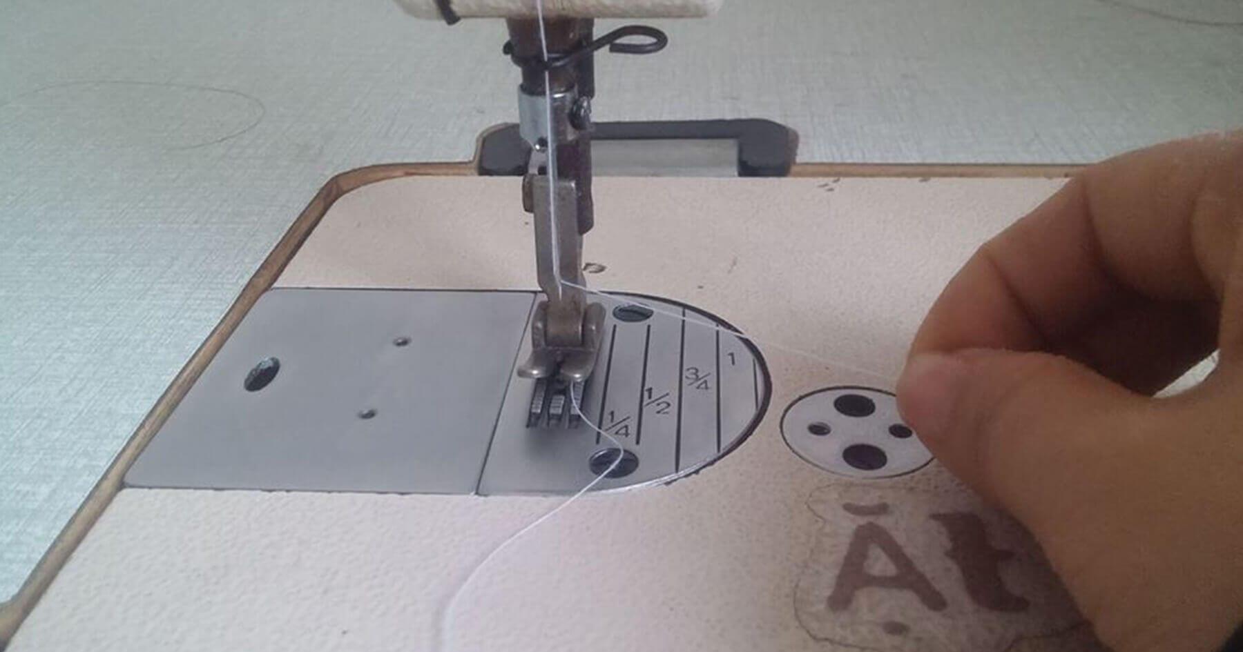 Tuột chỉ trên - Một số lỗi thường gặp khi vận hành máy may công nghiệp
