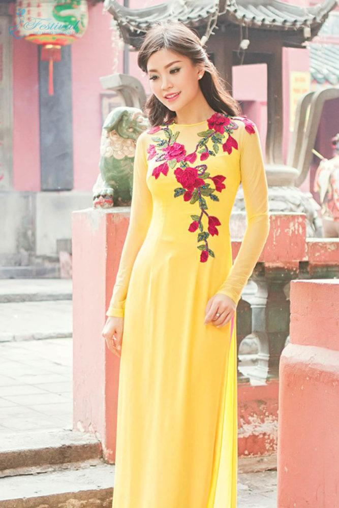 Màu sắc thời trang vàng - Ảnh 2 - Xu hướng thời trang Tết 2019 dành cho phái nữ