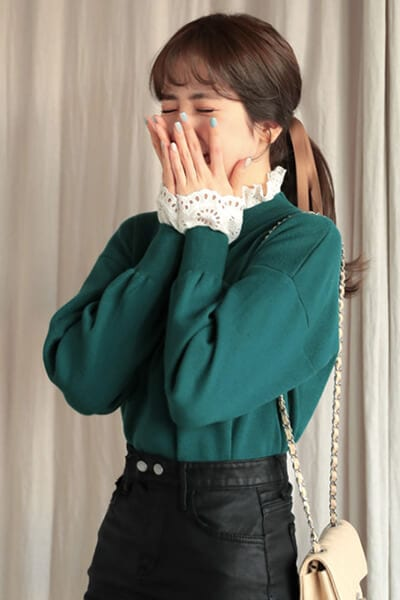 Layer áo len/áo nỉ và áo điệu - Ảnh 1 - 3 ngày Tết, các nàng cứ mặc 6 combo này là đảm bảo xinh lung linh