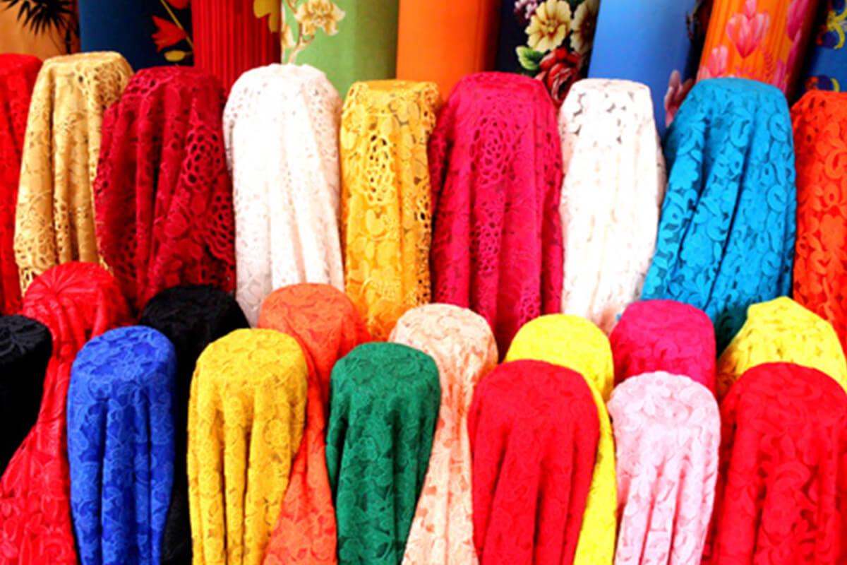 Vải ren cao cấp - Ảnh 2 - Khảo sát giá vải may áo dài ngày Tết Nguyên Đán