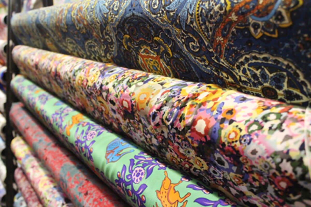 Khảo sát giá vải may áo dài ngày Tết Nguyên Đán - Ảnh 4