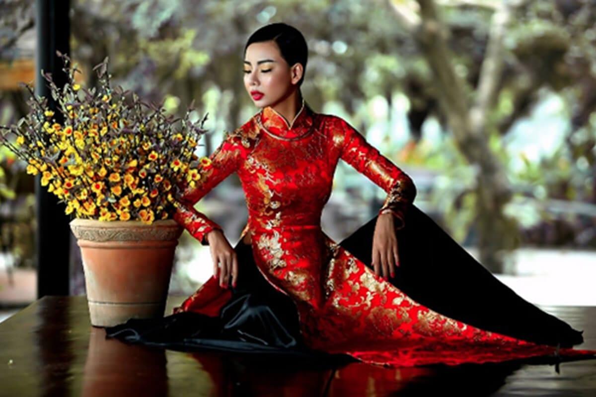 Áo dài gấm - Hình ảnh áo dài truyền thống việt nam - Ảnh 1