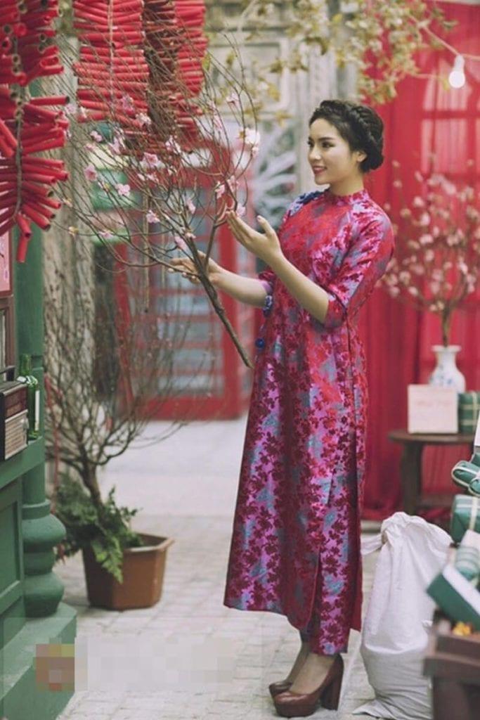 Áo dài in họa tiết - Ảnh 2 - Hình ảnh áo dài truyền thống việt nam
