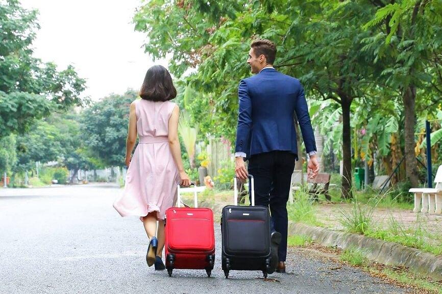Mách bạn cách chọn vali thời trang phù hợp với những chuyến đi