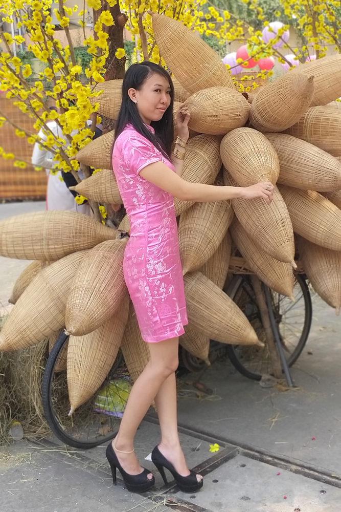 """Hồng ngọt lịm - Ảnh 2 - """"Sườn xám"""" - Sức hấp dẫn từ trang phục tôn dáng cho phái đẹp"""