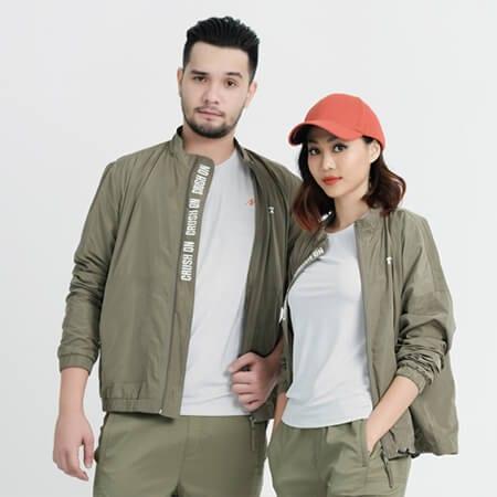 Áo khoác cặp đôi - Ảnh 6 - Couple TX – Tổng hợp những kiểu thời trang dành cho cặp đôi