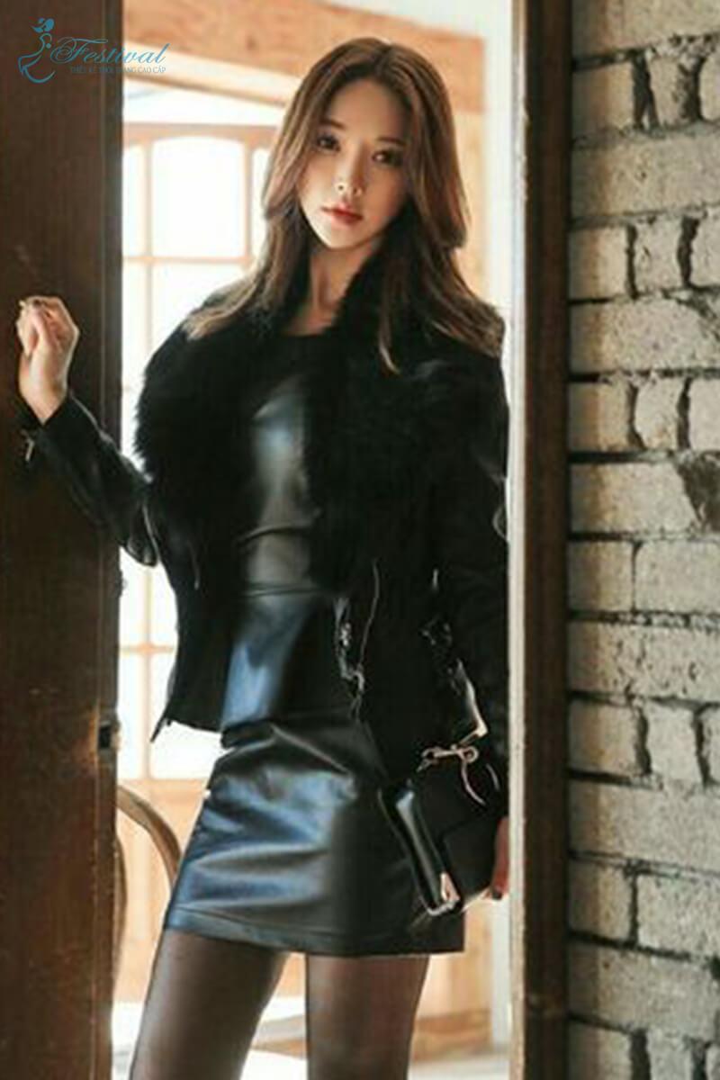 Set áo khoác và đầm da bóng - Bí quyết mặc đồ da bóng cho cô nàng lịch thiệp