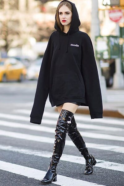 Hoodies dài tay - 3 Kiểu áo Hoodie phổ biến nhất của phụ nữ