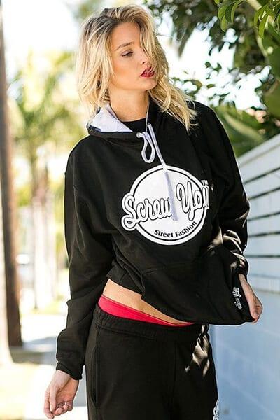 Hoodies với thiết kế nổi bật - 3 Kiểu áo Hoodie phổ biến nhất của phụ nữ