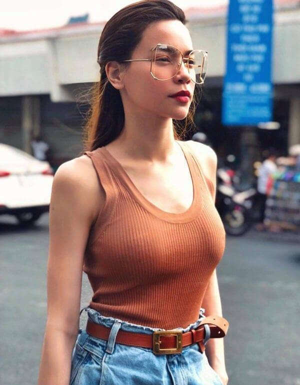Style dạo phố mùa nắng của 'Sao Việt' - Ảnh 6