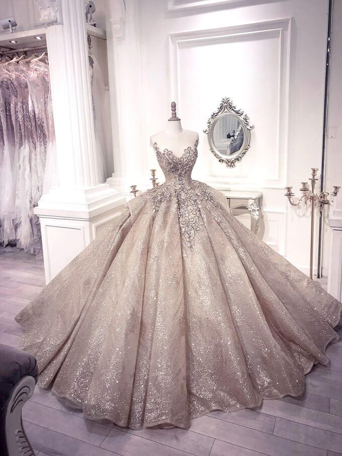 Kiểu thiết kế đầm cưới xòe phồng - Ảnh 1