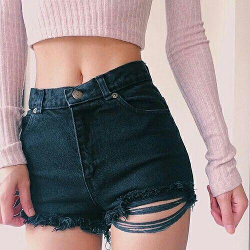 Người lùn mặc quần short ngắn đẹp