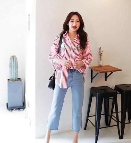 Sơ mi tà dài - 36+ Kiểu áo sơ mi nữ dễ thương diện nơi công sở, đi học, đi làm...