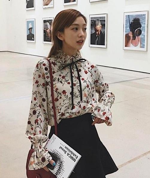 Áo sơ mi nữ hoa - 36+ Kiểu áo sơ mi nữ dễ thương diện nơi công sở, đi học, đi làm...