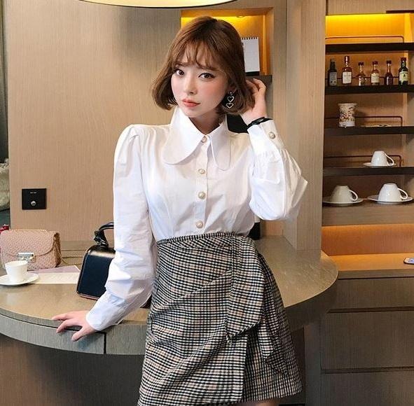 Sơ mi tay bồng - 36+ Kiểu áo sơ mi nữ dễ thương diện nơi công sở, đi học, đi làm...