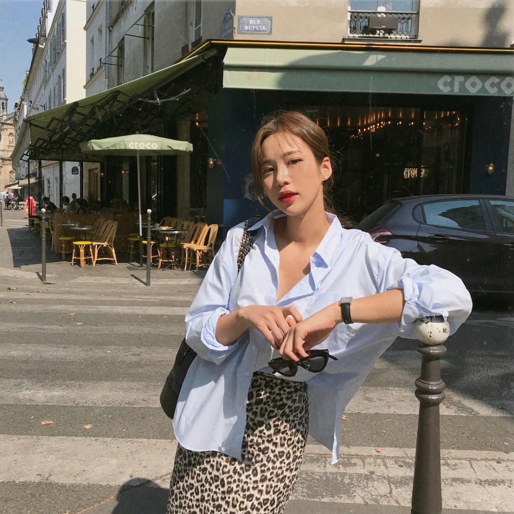 Áo sơ mi + Chân váy da báo đi du lịch mùa hè - Ảnh 2