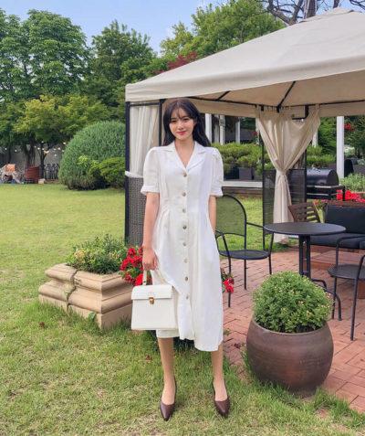 Váy trắng đóng cúc dịu dàng và thanh thoát