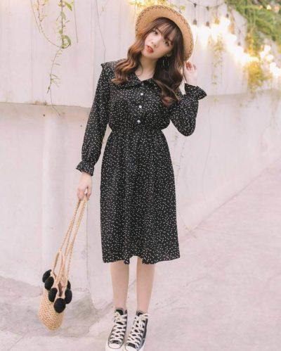 Đầm đen chấm bi nhỏ tay nhún