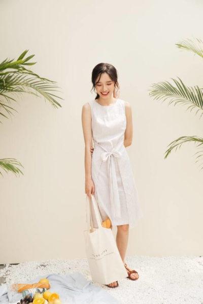 Váy trắng thắt nơ xinh ơi là xinh luôn nè
