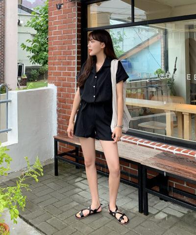 Set đồ all black đơn giản, nhẹ nhàng và phong cách