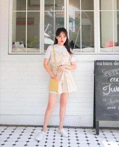 Mix áo yếm cùng áo thun và quần short