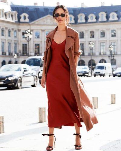 Thời trang công sở luôn cần sự mới mẻ thay vì quanh đi quẩn lại những thiết kế và cách phối quen thuộc