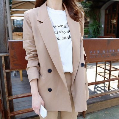 Một chiếc áo blazer nữ được yêu thích
