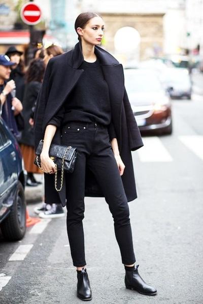 All-black street style