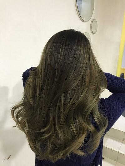 Màu tóc rêu khói