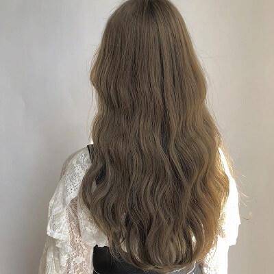 Màu tóc 2021 nâu rêu đem đến sức hút đầy quyến rũ