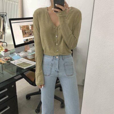 Áo sweater cùng với quần bó