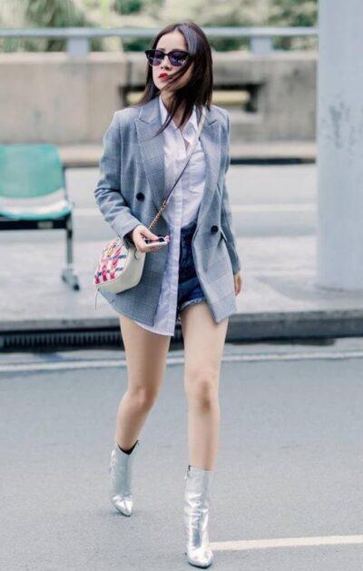 Phối đồ với chân váy ngắn + Blazer cá tính - Ảnh 2