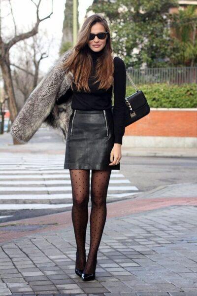 Phối đồ với chân váy ngắn + Quần tất - Ảnh 1